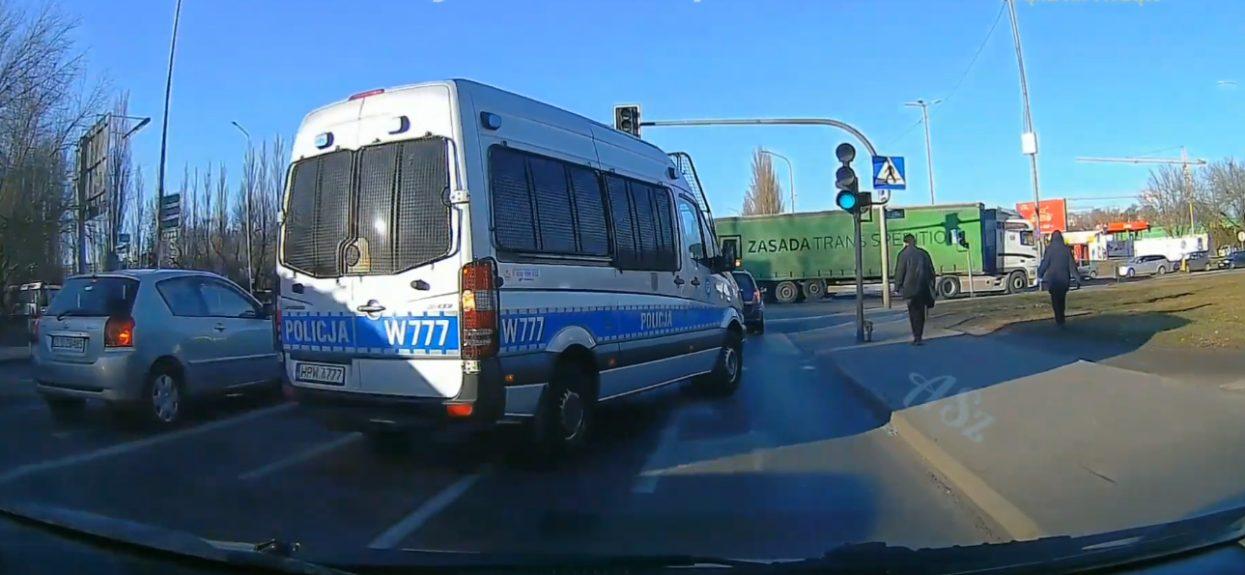 Policja nieprzepisowa jazda