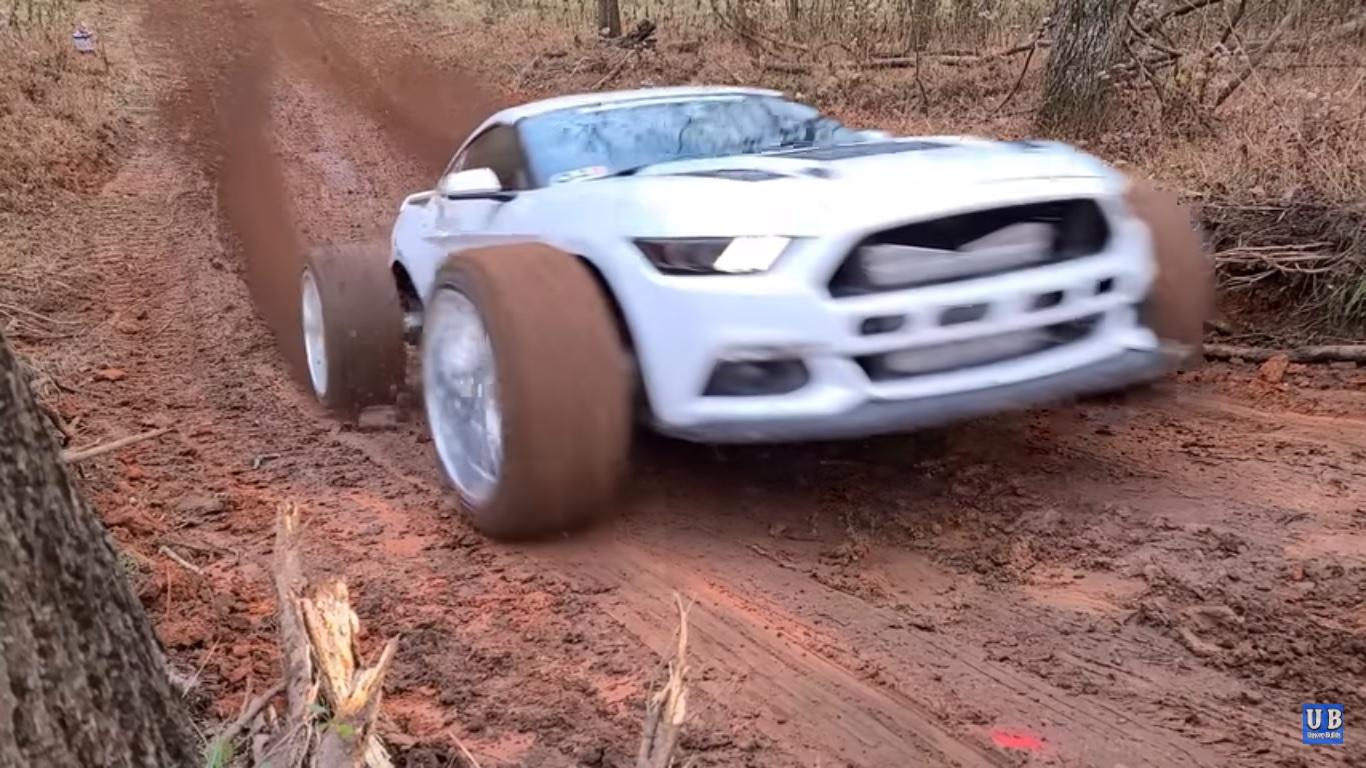 Mustang w wersji terenowej - jak sobie poradzi?