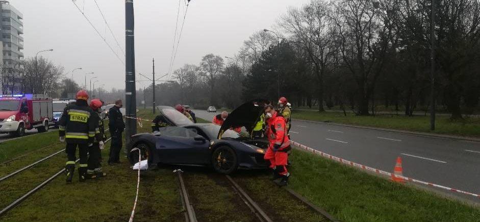 Ferrari nietrzeźwy kierowca