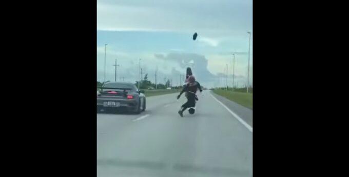 Wypadek motocyklista