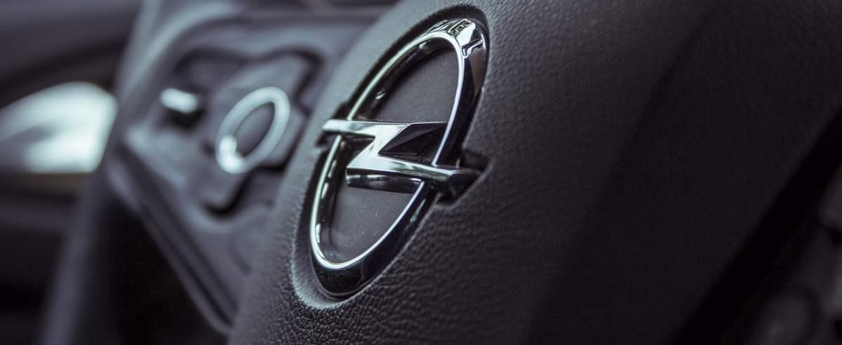 Opel Insignia I – popularna, ładna, ale nie bez wad