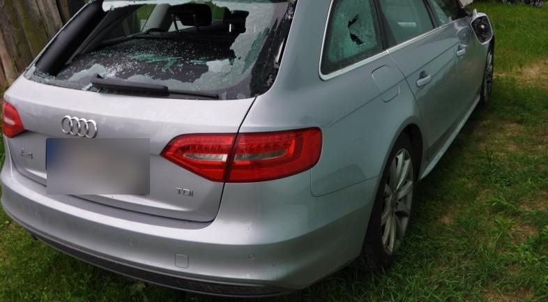 Audi złamane serce