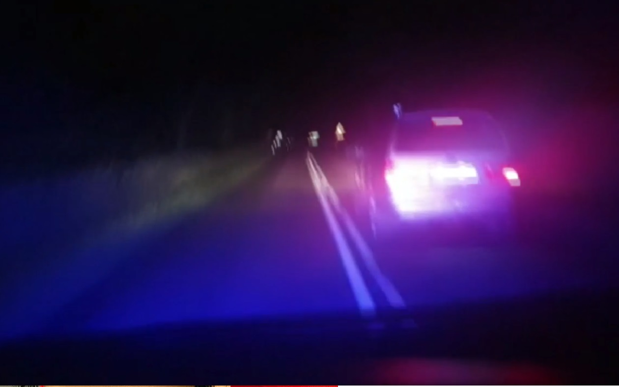 Policyjny pościg za 17-latkiem, który gnał przez miasto rodzinnym vanem