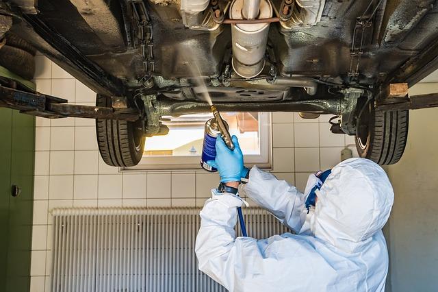 Zabezpieczenie antykorozyjne samochodu – co robi fabryka, a co możemy zrobić sami?