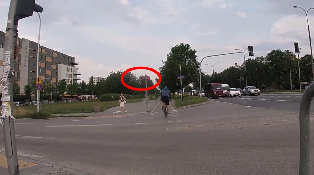 Rowerzysta czerwone światło
