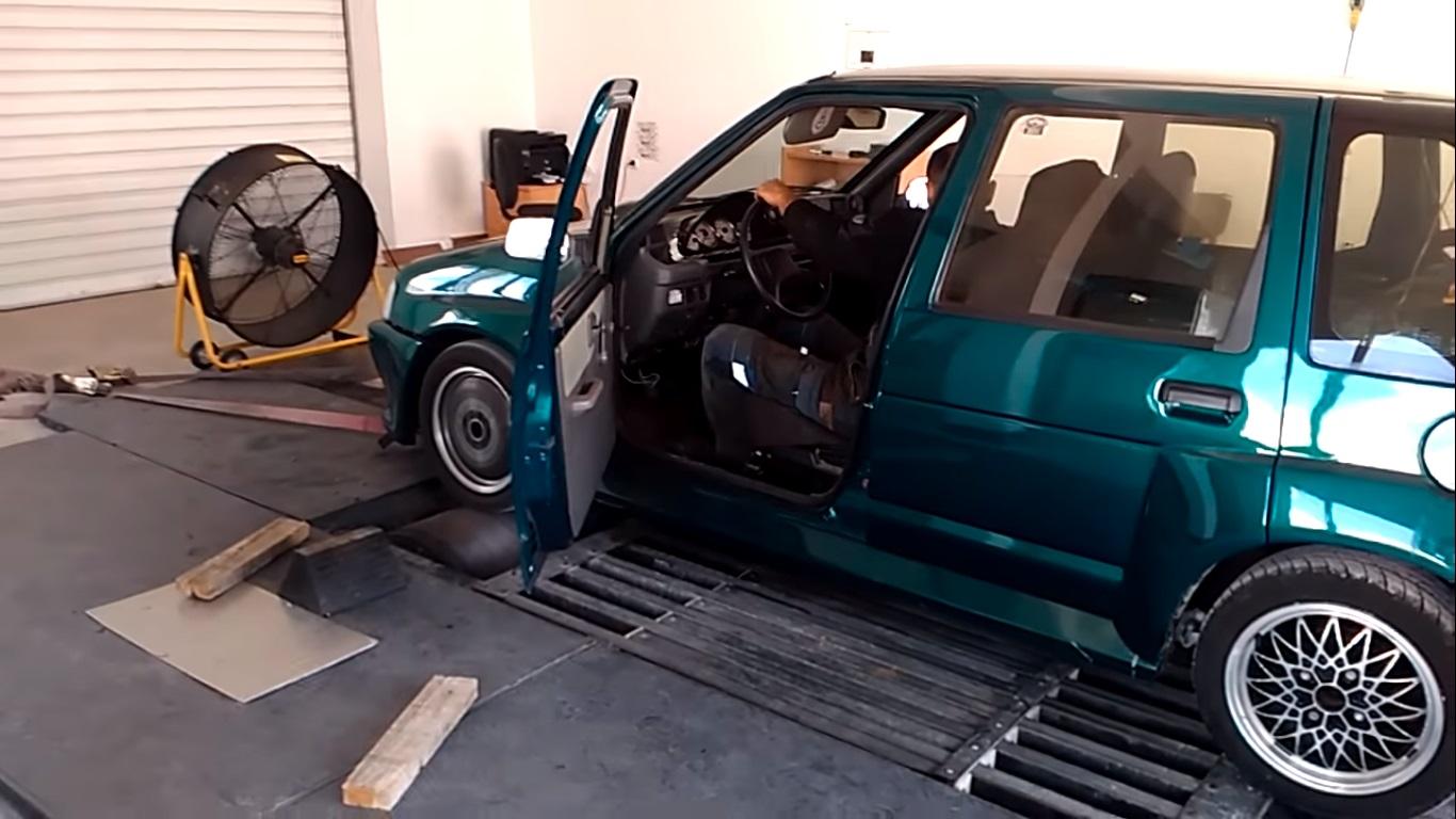 Daewoo z silnikiem z fiata punto o mocy 136 KM pokonuje potężne BMW
