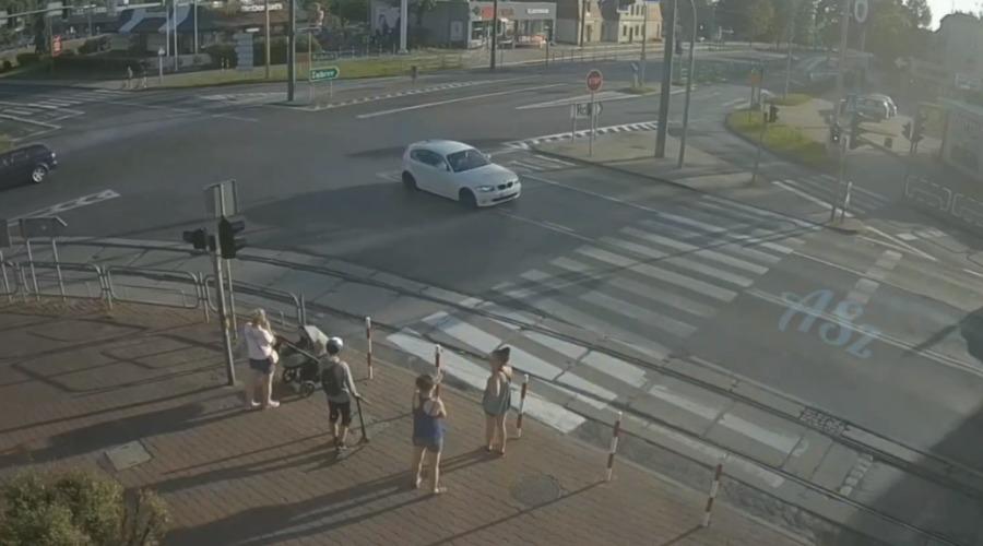 BMW próba driftu