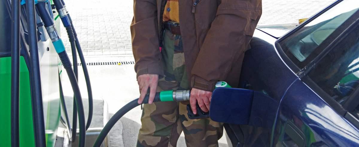 Złodzieje 111 razy ukradli paliwo ze stacji benzynowych