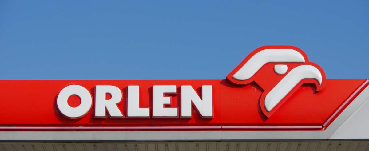 ORLEN oferuje 8 tysięcy złotych za pracę na stacji