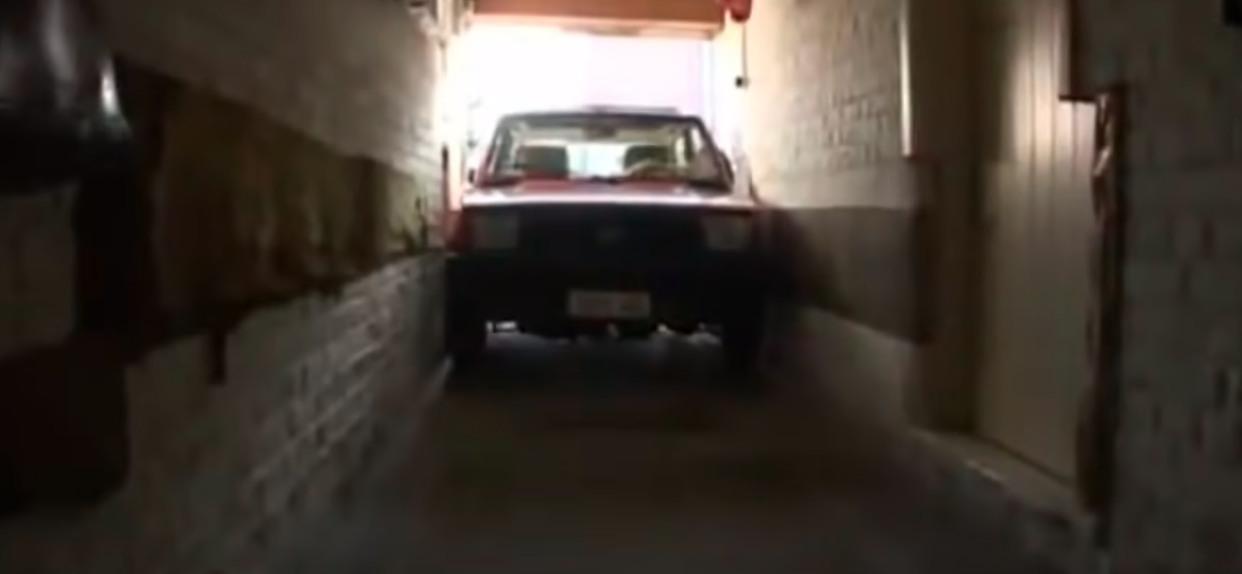 Garaż parkowanie auta