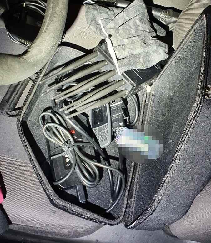 kradzieze-samochodow-urzadzenia-zlodziei
