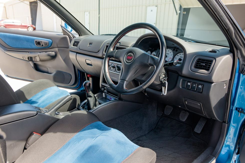 Wnętrze Subaru Impreza STi 22B