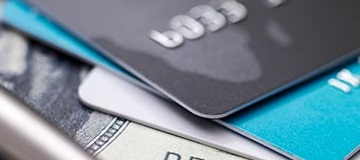 Three Reasons to Consolidate Credit Card Debt with A Personal Installment Loan