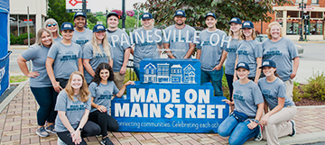 OneMain Celebrates Downtown Painesville