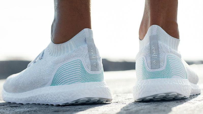Adidas ontwerpt sneakers gemaakt van oceaan plastic