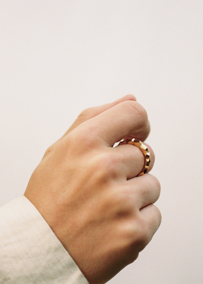 Snake ring thin carved gold