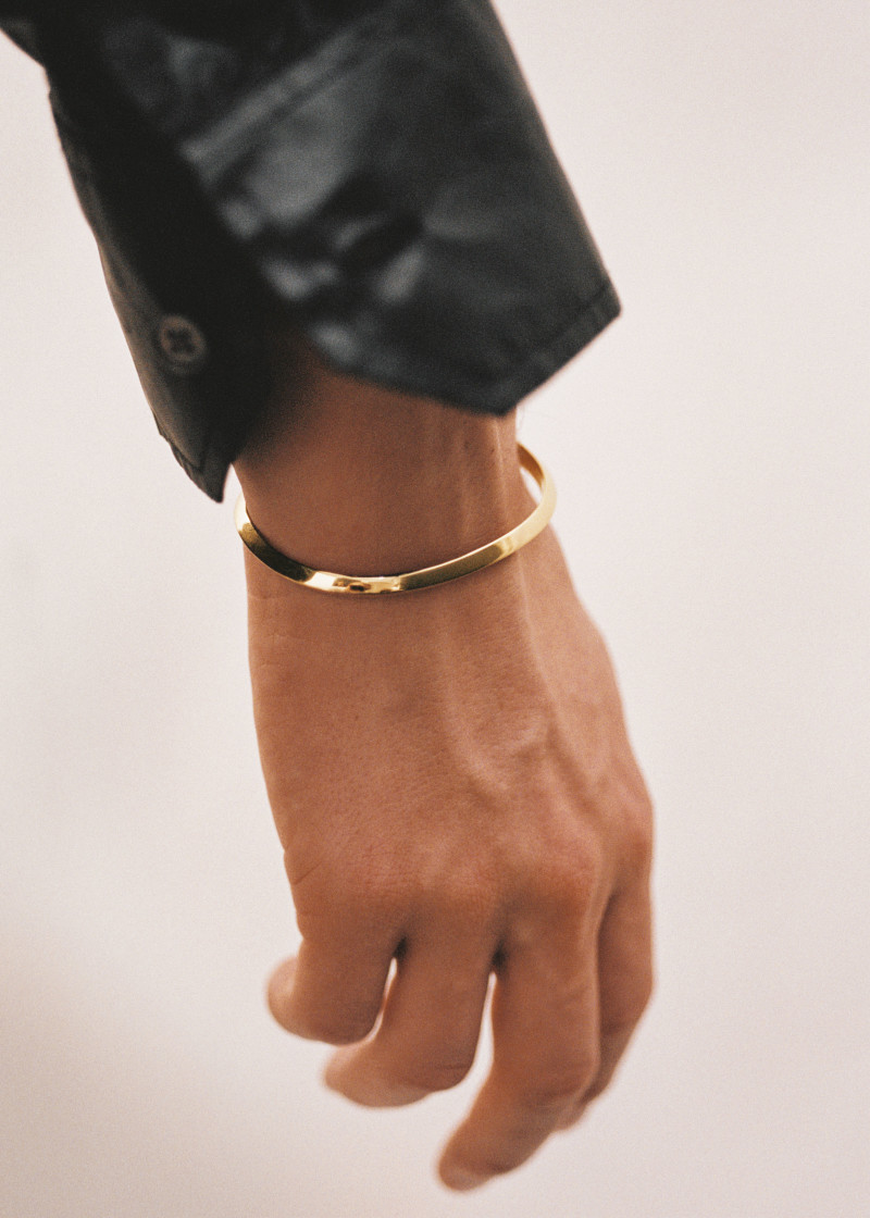 Triangle bracelet gold