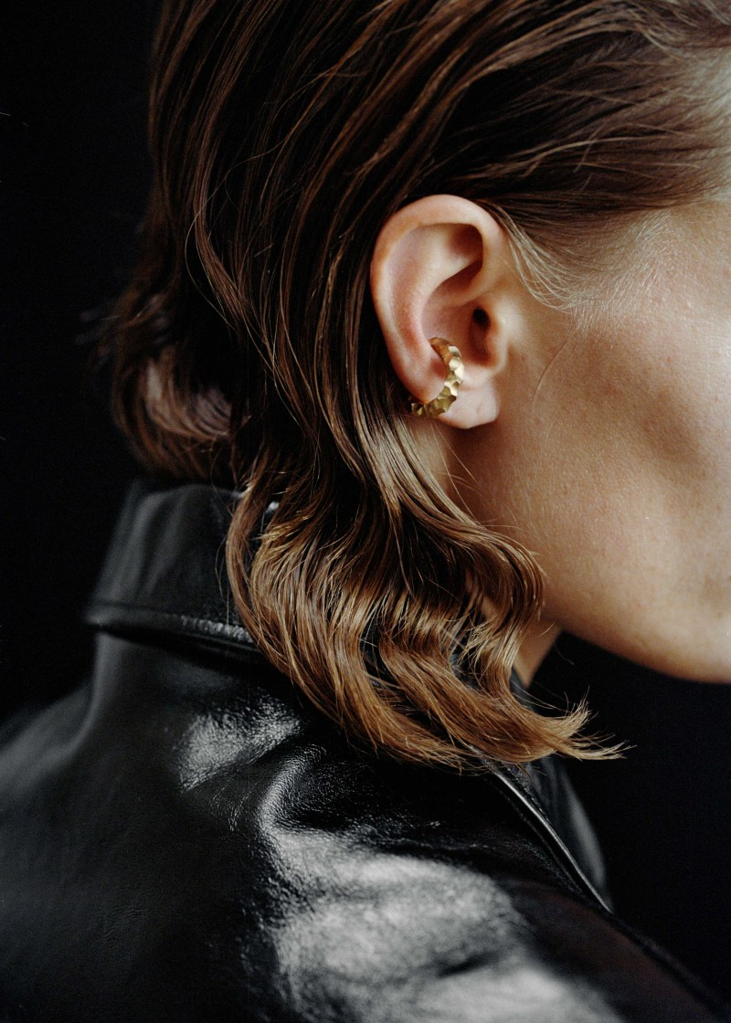 Almost ear cuff thin