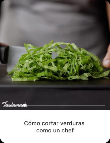 Imagen final para vegetales de hojas verdes rebanados con copia descriptiva