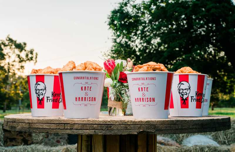 TOOWOOMBA COUPLE OFFICIALLY 'PUT A WING ON IT' THROUGH KFC'S  WEDDING SERVICE