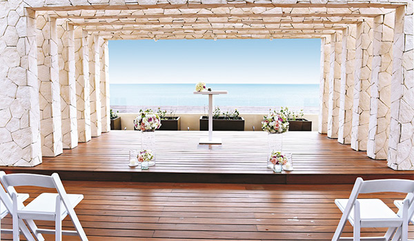 Rooftop wedding venue overlooking the ocean