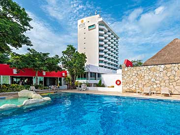 El Cid La Ceiba Beach Resort