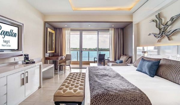 Large luxurious suite with ocean views