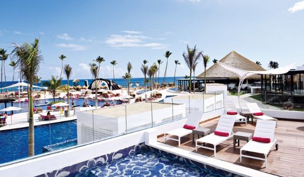Poolside loungers overlooking the beach