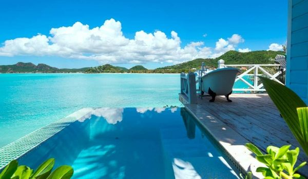 Private cottage infinity pool