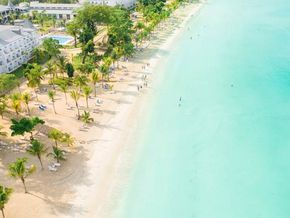 Beautiful beaches in Jamaica