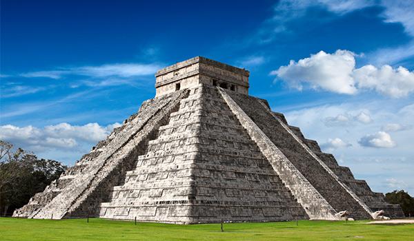 Ancient Mayan pyramid at Chichen Itza