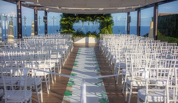 Wedding ceremony on a terrace overlooking the ocean