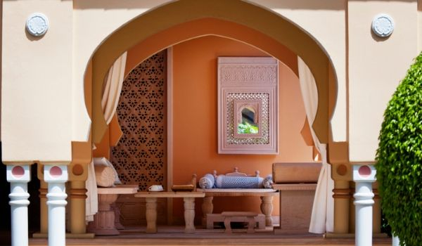 Moroccan-themed spa room