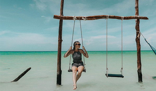 Gritting on overwater swing