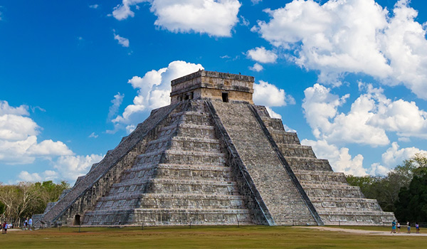 Anciennes ruines mayas