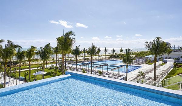 Infinity pool overlooking Riu Palace Costa Mujeres