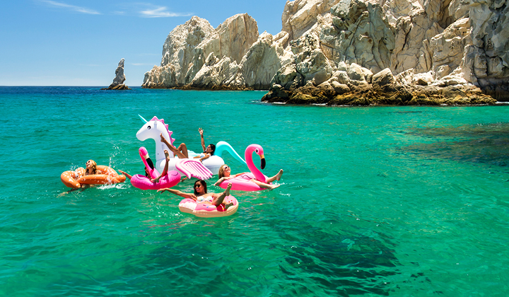 Cheap Vacations to Cabo San Lucas from Kelowna