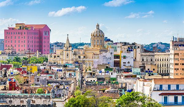 Immeubles coloniaux anciens à La Havane