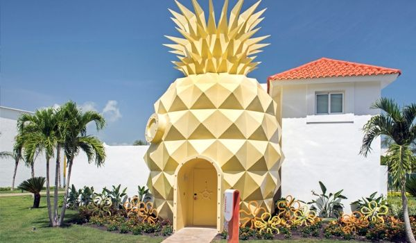 Pineapple Villa inspired by SpongeBob SquarePants