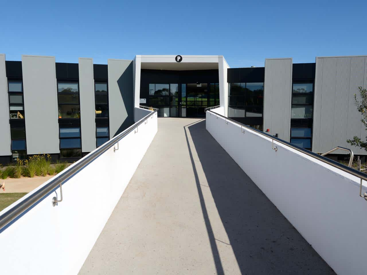 Entrance to building F at Warrnambool campus