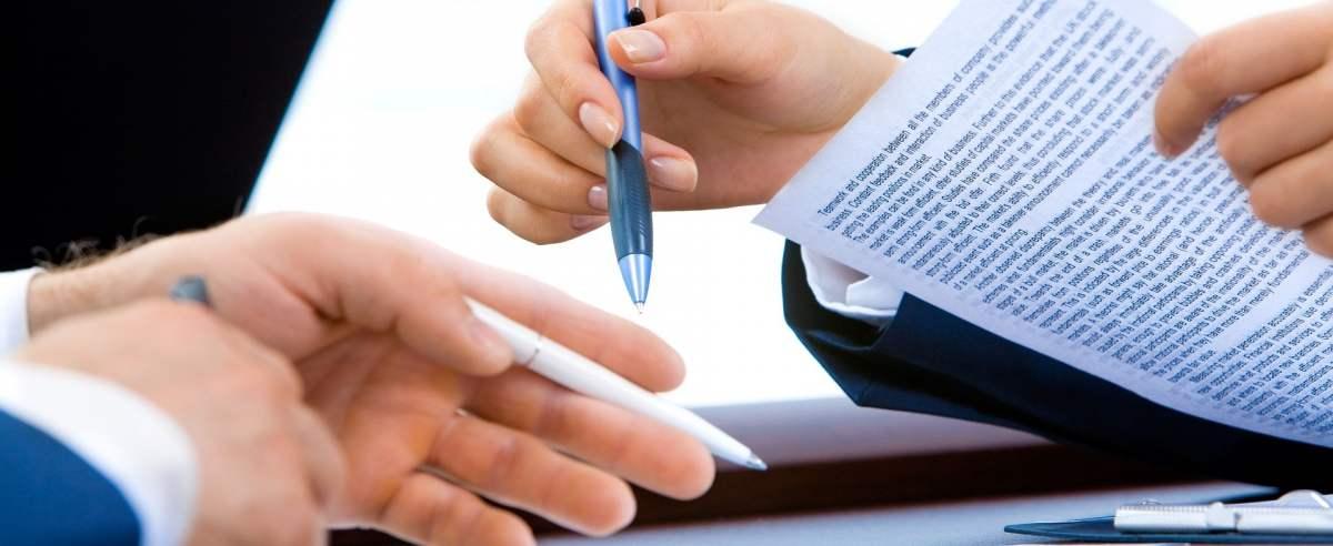 Jak napisać podanie o przyjęcie do pracy krok po kroku?