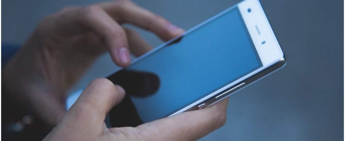 Telefon komórkowy w szkole