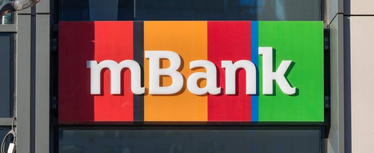 mBank wypada z czołówki najtańszych banków.