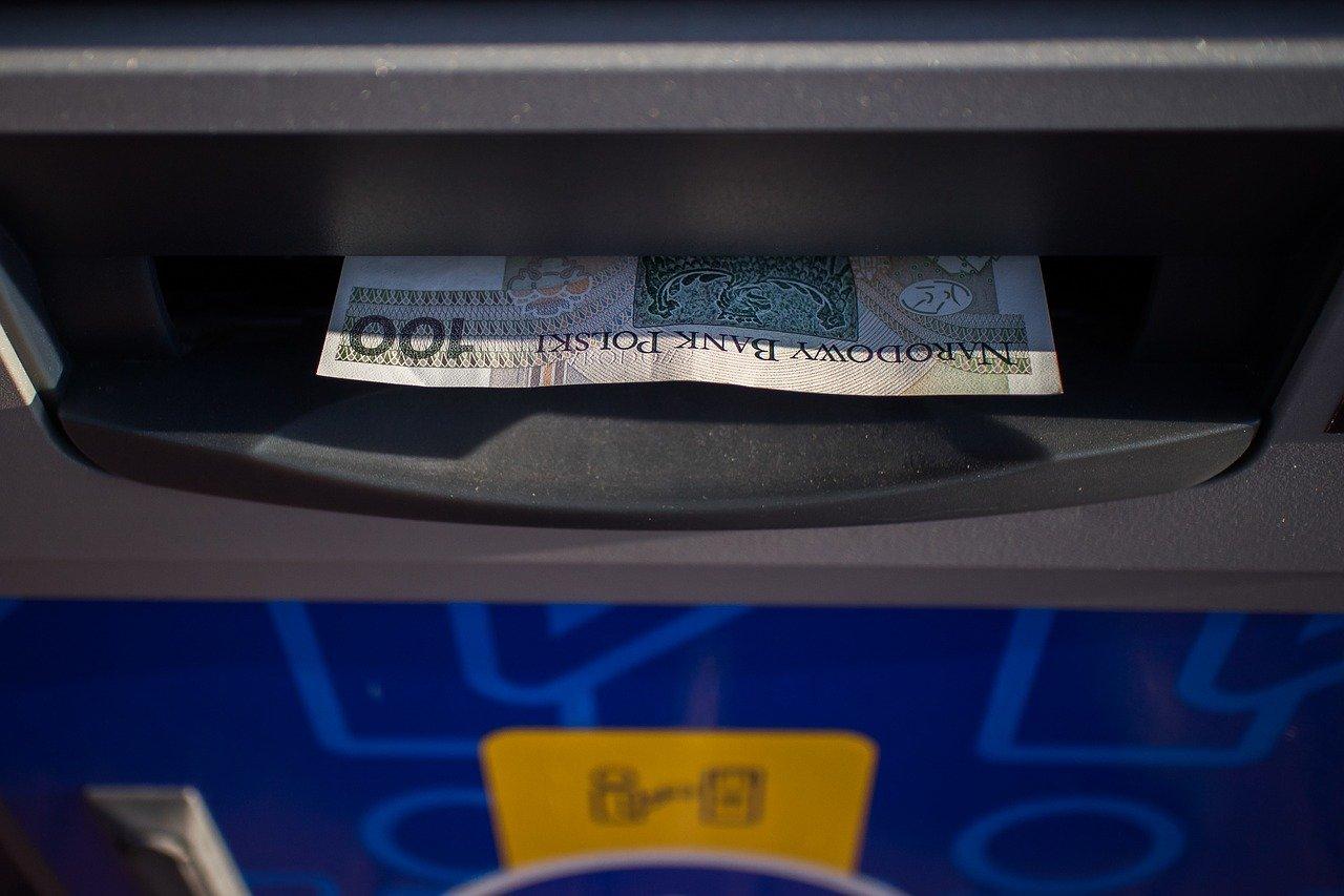 UKNF ostrzega kredytobiorców