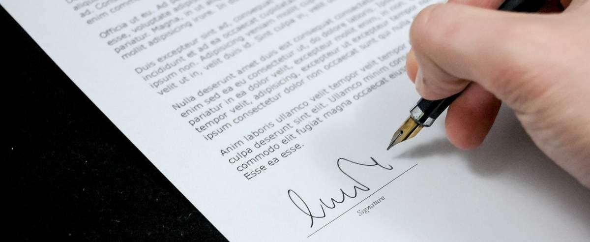 Czym się charakteryzuje umowa o dzieło? Jakie są jej zalety?