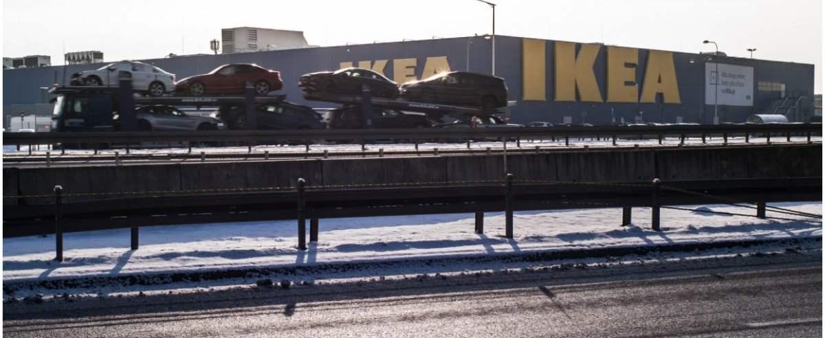 01.02.2021 CH Marki, Ikea fot. Andrzej Iwanczuk/REPORTER