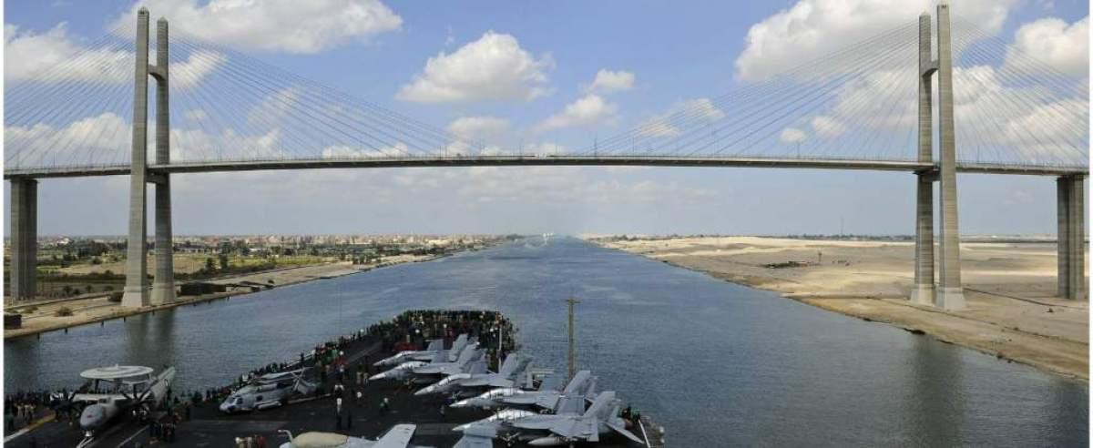 Blokada Kanału Sueskiego może potrwać nawet miesiąc