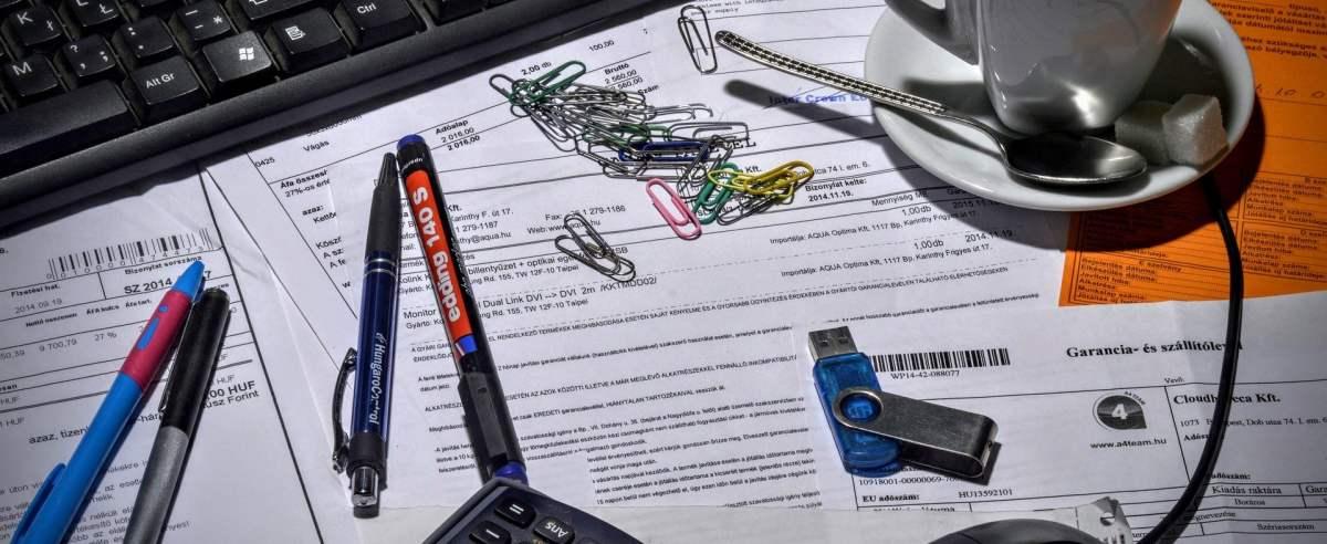 Faktura VAT marża – co to jest i jak odliczyć podatek?