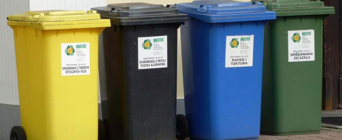 Jakie przepisy zawiera ustawa o odpadach?