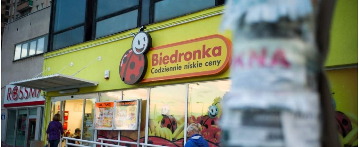 10.07.2014 Warszawa Sklep sieci Biedronka na Brodnie przy ulicy Wysockiego fot. Andrzej Iwanczuk/REPORTER